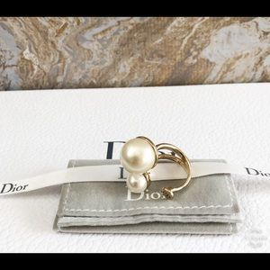 Christian Dior Faux Pearl Ultradior Gold Ring